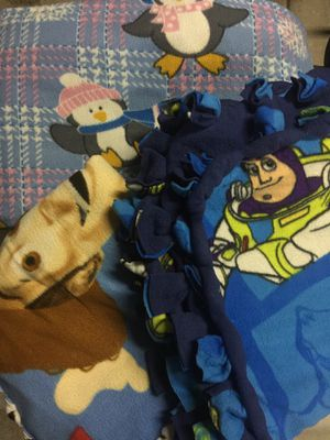 $5 for all 3 Used Toddler size blankets for Sale in Perris, CA