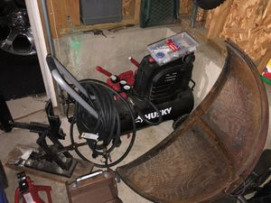 Husky Air Compressor BEAND NEW for Sale in Clarksburg, MD