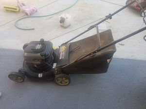 Lawn mower Briggs and Stratton for Sale in Sacramento, CA