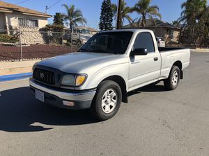 2004 Toyota Tacoma 4cyl for Sale in San Diego, CA