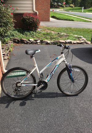 Schwinn Ranger Girl's bike for Sale in Ashburn, VA