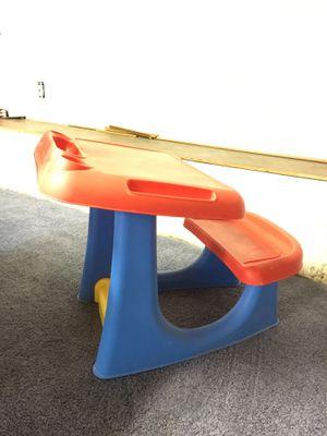 Kids desk for Sale in Aliquippa, PA