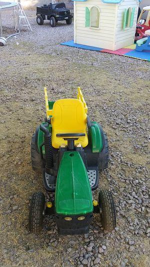 John deere 12volts tractor for Sale in Phoenix, AZ