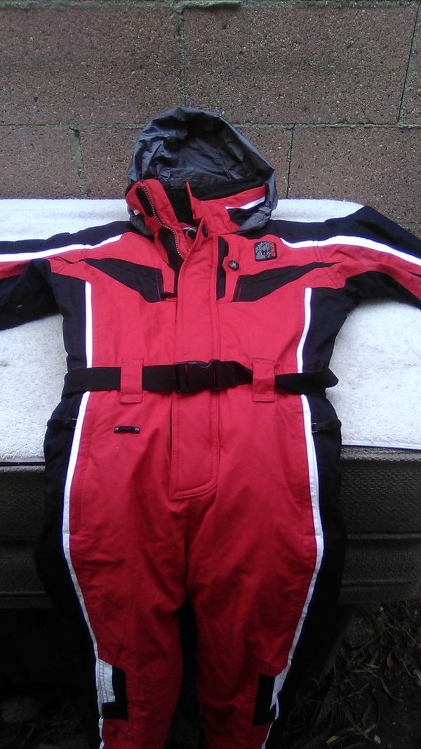 SPYDER ski , snowboard kids outfit. Size 7, small to tall