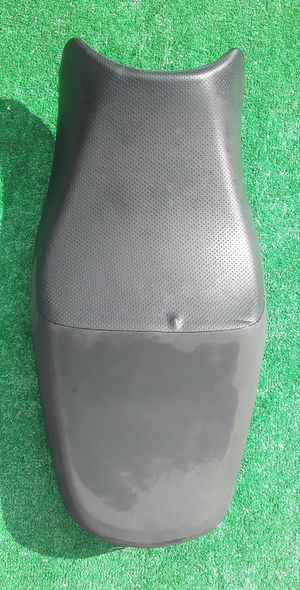 Suzuki Motorcycle Seat for Sale in Hollywood, FL