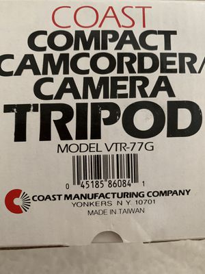 New Coast Tripod for camera or camcorder for Sale in College Grove, TN