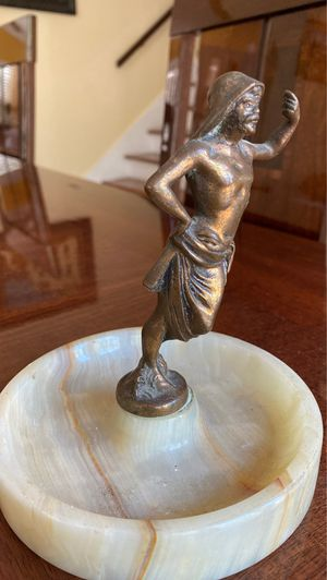 Bronze/marble collectible nautical same ashtray 5 inches wide for Sale in West Palm Beach, FL