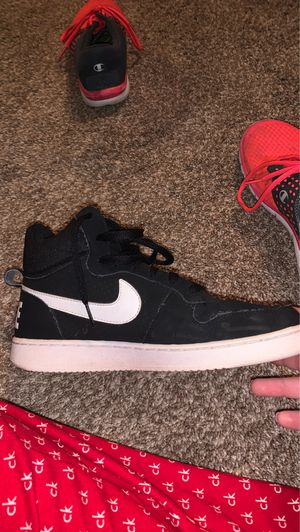 Nike hightops women's 8.5 for Sale in Lancaster, NY