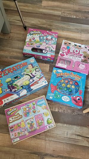 4 board games and 1 puzzles for Sale in Rancho Cucamonga, CA