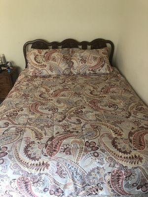 4 piece Queen Bedroom set 300$ firm!!!! for Sale in Richmond, VA