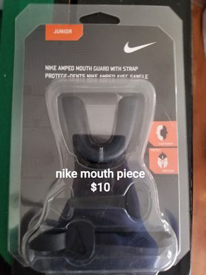 New Nike mouthpiece guard for Sale in Ontario, CA