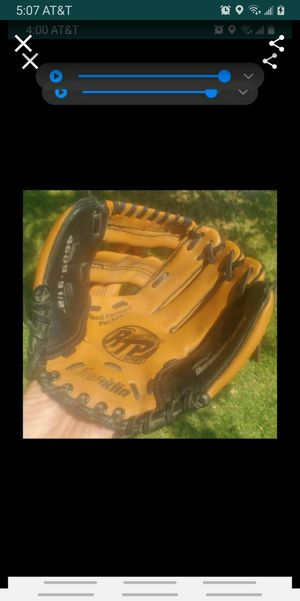 "baseball glove 9-1/2"" RTP, kids for Sale in Colton, CA"