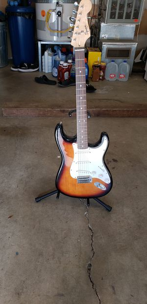 Fender Squire Bullet Strat for Sale in Maple Valley, WA