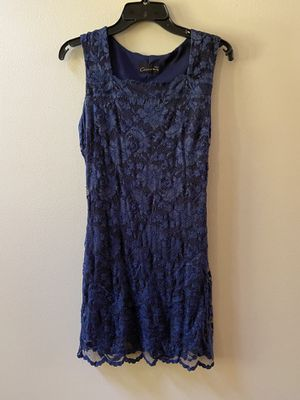 Size 6 Cirrca navy lace dress for Sale in Dublin, GA