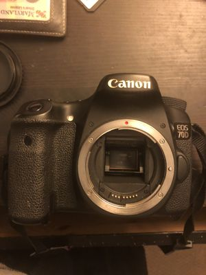 Canon 70D body charger & battery for Sale in Bowie, MD