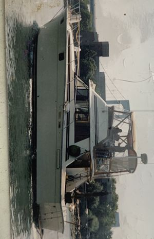 1980 37' silverton convertible yacht for Sale in The Bronx, NY