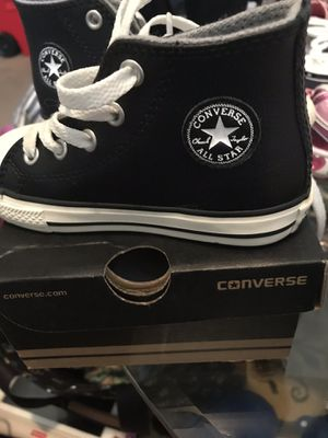 Converse size 8 for Sale in Kennesaw, GA