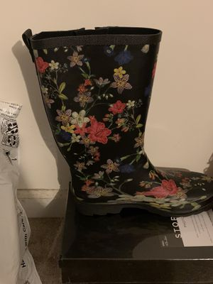 Pair Rain boots for Sale in Fairburn, GA