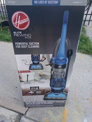 Hoover Elite Plus Rewind Vacuum for Sale in Denver, CO