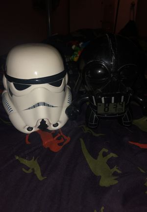 Starwars coin bank and alarm clock for Sale in Las Vegas, NV
