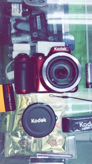 KODAK PIXPRO AZ401 Bridge Digital Camera - 16MP 40X Optical Zoom HD Video (Brand New in Box) for Sale in Arlington, TX