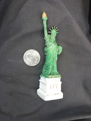 Lady liberty figurine for Sale in Temecula, CA