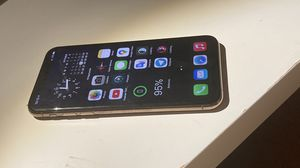 IPhone XS 64 gb sim free for Sale in Brooklyn, NY