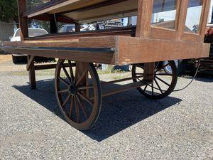 Wagon showcase (OBO) for Sale in Grandview, WA