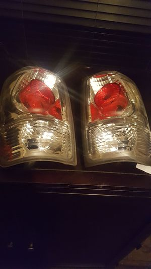 97-02 FORD EXPEDITION TAIL LIGHTS for Sale in Jacksonville, FL
