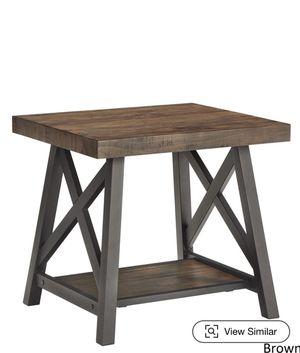 Oak wood finish side table for Sale in Vista, CA