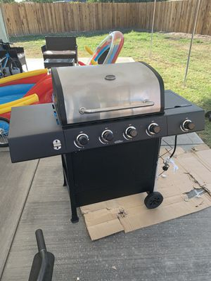 New bbq grill for Sale in Hanford, CA