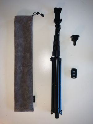 Bluetooth Tripod Stand and Selfie Stick for Sale in Fort Lauderdale, FL