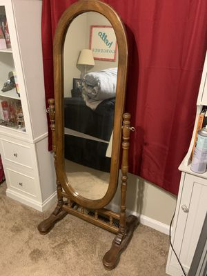 Stand up mirror for Sale in Murfreesboro, TN