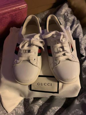 Kids Gucci sneakers for Sale in Pembroke Pines, FL