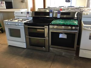 (Anoka AS) Gas and Electric Stoves!! for Sale in Anoka, MN