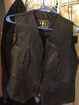Ladies Leather Riding Vest. Size L for Sale in Dallas, TX