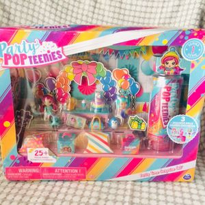 Party Pop Teenies Party Time Surprise Set -25+ Pieces for Sale in Birmingham, AL
