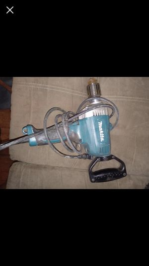 Makita 1/2in drive mixing drill for Sale in Hattiesburg, MS