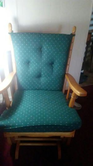 Wooden Glider/Rocker with Hunter Green Cushions for Sale in Haines City, FL