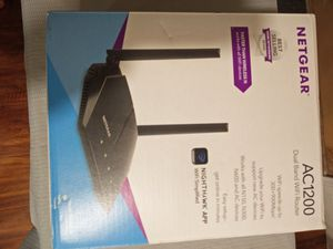 Netgear AC200 Dual Band Wifi Router for Sale in Los Angeles, CA