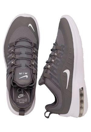 BRAND NEW Nike Air Max Mens Shoe. Size 10.5 for Sale in San Marcos, CA