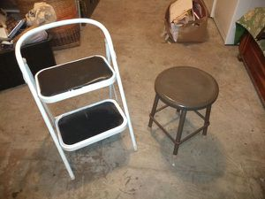 Step stool and stool 5 bucks for both. Can't sleep? Bored? come now fair shape. Fed way Thanks for Sale in Federal Way, WA
