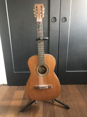 Vintage Kay Model 7008 Classical Guitar for Sale in Durham, NC