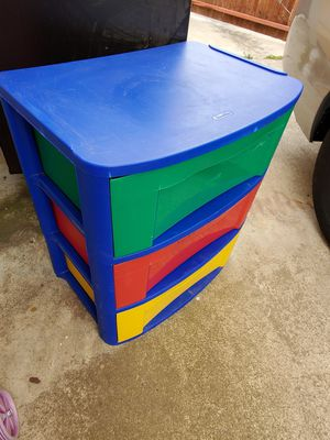 Plastic 3 drawers for Sale in San Diego, CA