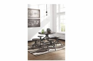 Ashely Furniture Adjustable Pub Kitchen Table for Sale in Tacoma, WA
