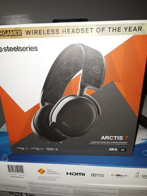 Brand new arctis 7 steelseries gaming headset!!! for Sale in Newark, OH