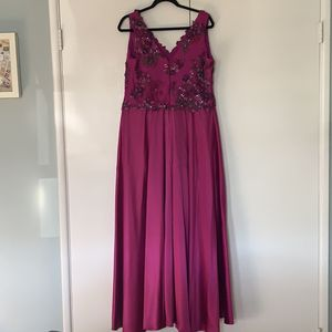 Women's Gown for Sale in Los Angeles, CA