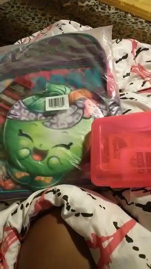 Brand new girls Shopkins backpack w/ basic school supplies for Sale in North Las Vegas, NV