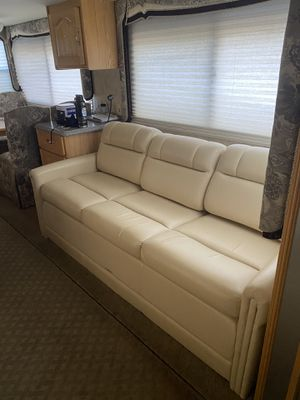 72in Rv sleeper couch for Sale in Decatur, GA