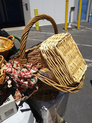 Baskets galore for Sale in Las Vegas, NV